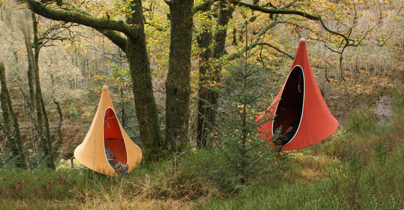 hang-in-out-cacoon-tent-maisonobjet-designboom-01