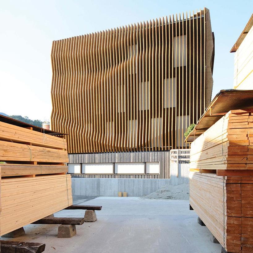 modus-architects-damiani-holz-ko-office-building-designboom-05