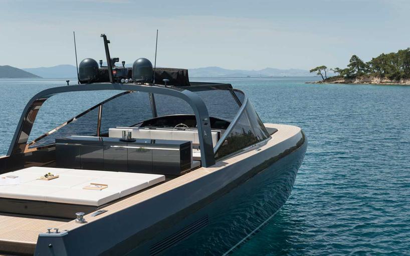 norman-foster-and-partners-alen-68-motor-yacht-designboom-03