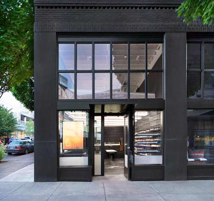 Aesop-store-by-John-Randolph-Portland-Oregon-031