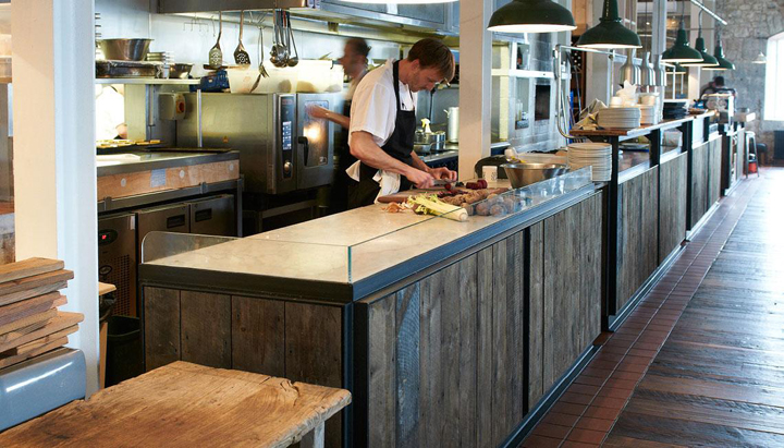River-Cottage-canteen-by-Mackenzie-Wheeler-Architects-Designers-London-UK-07-