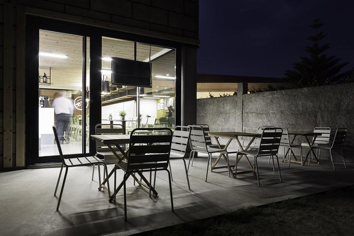 Sandwiches-A-Seca-by-NAN-Architects-Poio-Spain-15