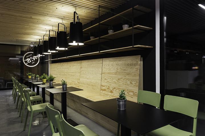 Sandwiches-A-Seca-by-NAN-Architects-Poio-Spain