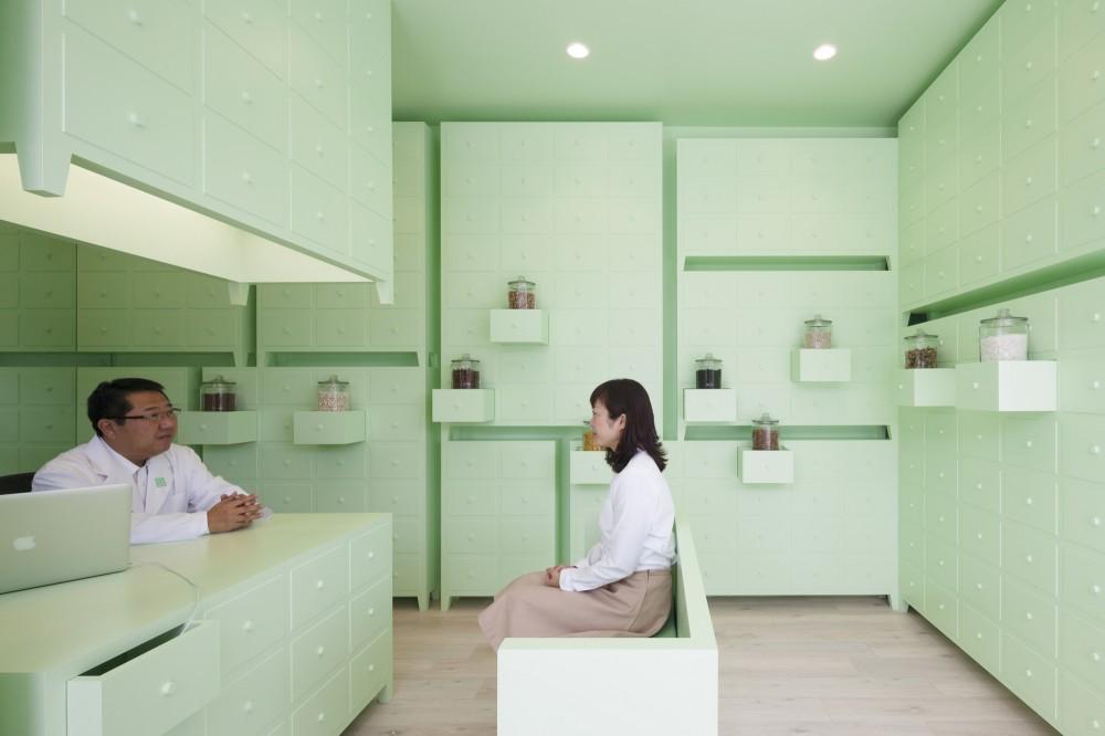 546ec734e58ece3d87000172_sumiyoshido-kampo-lounge-_-id-inc_-id-inc-_portada_id_sumi_for_web_05-1000x666