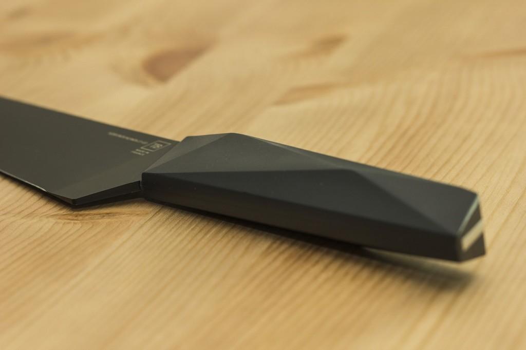 Evercut-Furtif-Chefs-Knife-02
