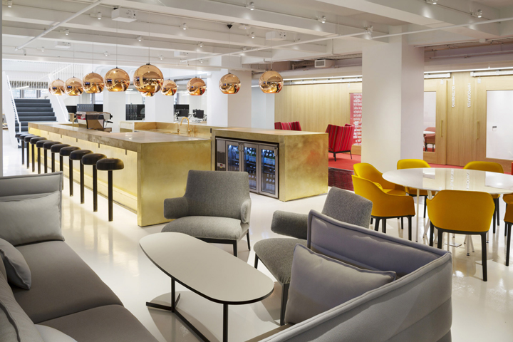 GLG-Global-Headquarters-office-by-Clive-Wilkinson-Architects-New-York-US-05-