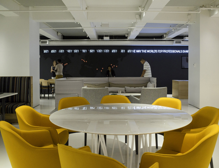 GLG-Global-Headquarters-office-by-Clive-Wilkinson-Architects-New-York-US-10-