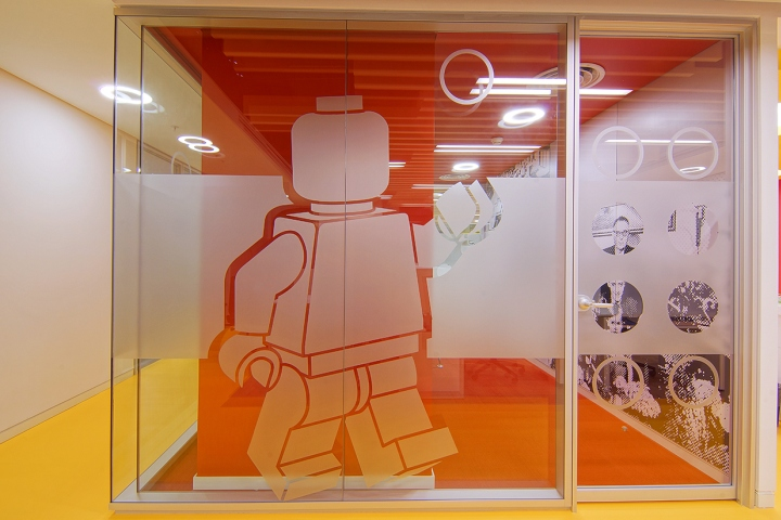 Lego-office-by-OSO-Architecture-Istanbul-Turkey-13
