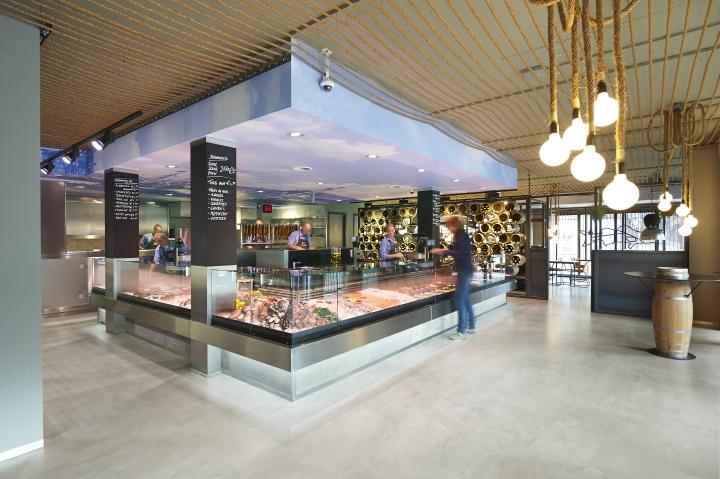 Schuitemaker-Vis-fish-shop-restaurant-by-Dirk-van-Berkel-Katwijk-Netherlands-04