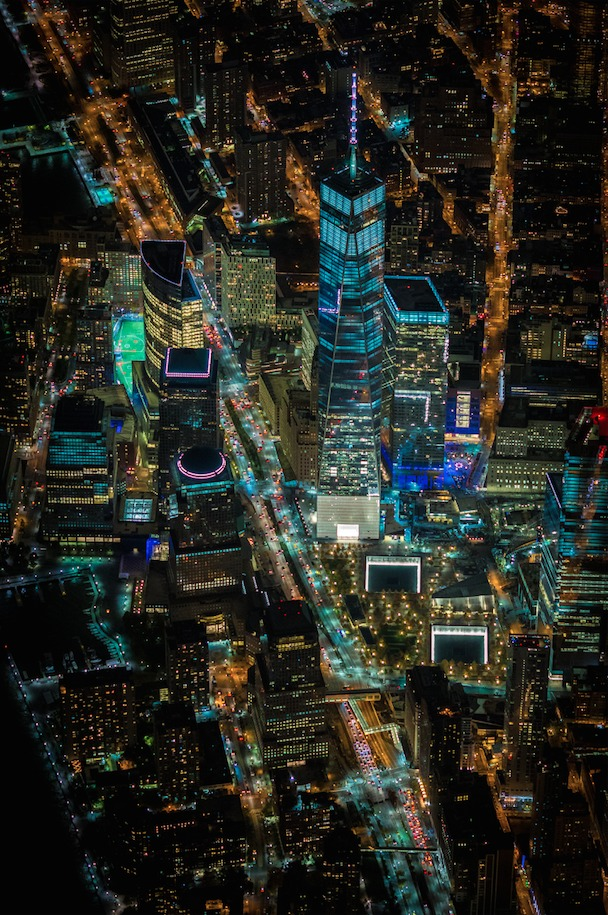 54b6d2b1e58ecea3b4000001_vincent-laforet-s-images-of-new-york-from-above-will-take-your-breath-away_screen_shot_2015-01-13_at_1-22-56_pm