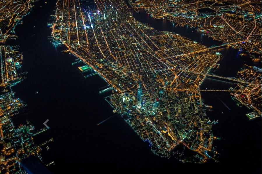 54b6d2dbe58ecea3b4000007_vincent-laforet-s-images-of-new-york-from-above-will-take-your-breath-away_screen_shot_2015-01-12_at_2-33-52_pm