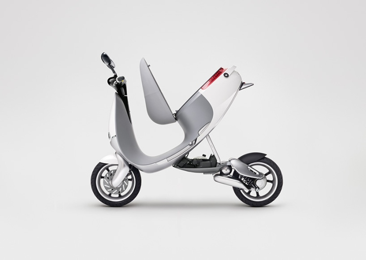 Electric-smartscooter-by-Gogoro-05