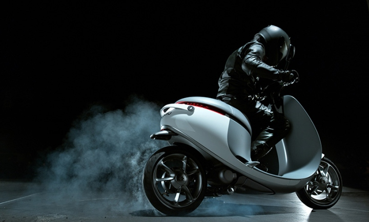 Electric-smartscooter-by-Gogoro-10