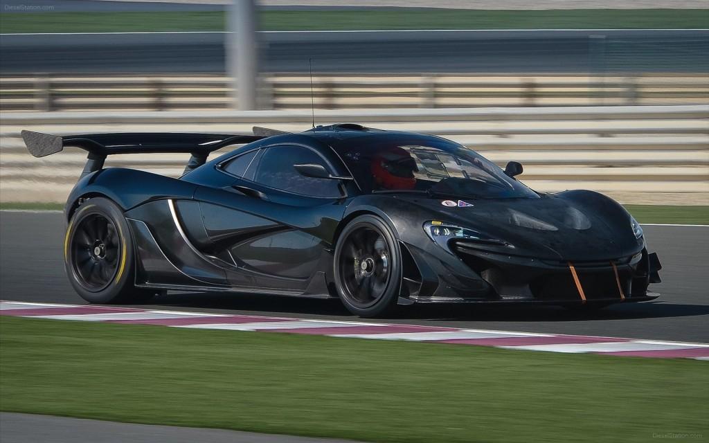 McLaren-P1-GTR-2015-widescreen-10