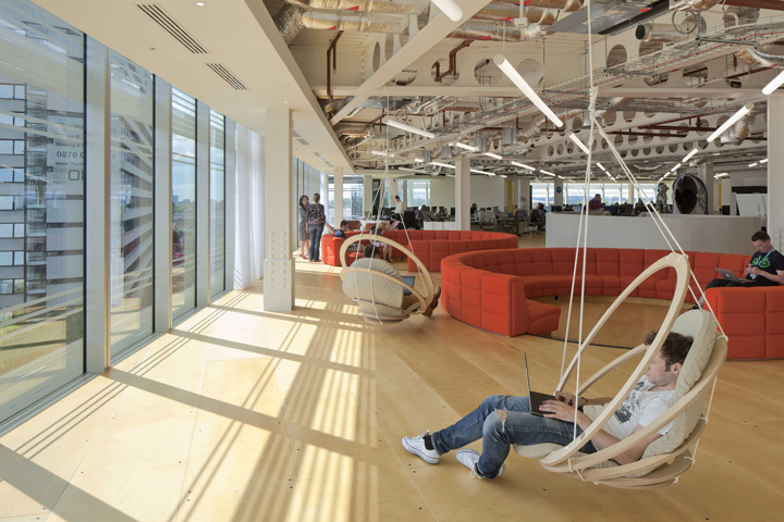 UKTV-offices-by-PENSON-Group-London-UK