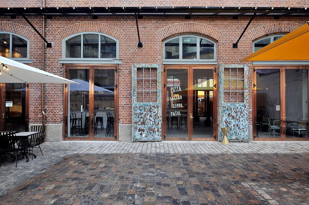 54c99492e58ece457a0001d2_kafe-magasinet-robach-arkitektur_8-1000x665