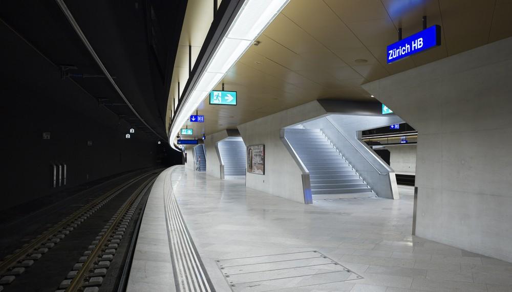 54d93955e58ece14700001da_z-rich-main-station-du-rig-ag_copyright_ruedi-walti_bhf-zh-2_3-1000x571