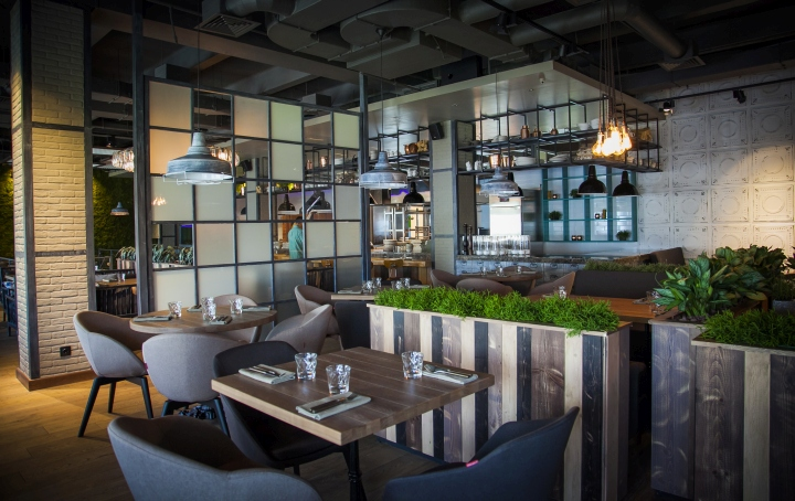 Hunt-a-Lobster-Restaurant-by-Seventh-Studio-Moscow-Russia-06