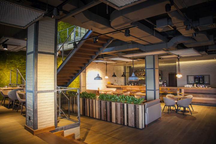 Hunt-a-Lobster-Restaurant-by-Seventh-Studio-Moscow-Russia