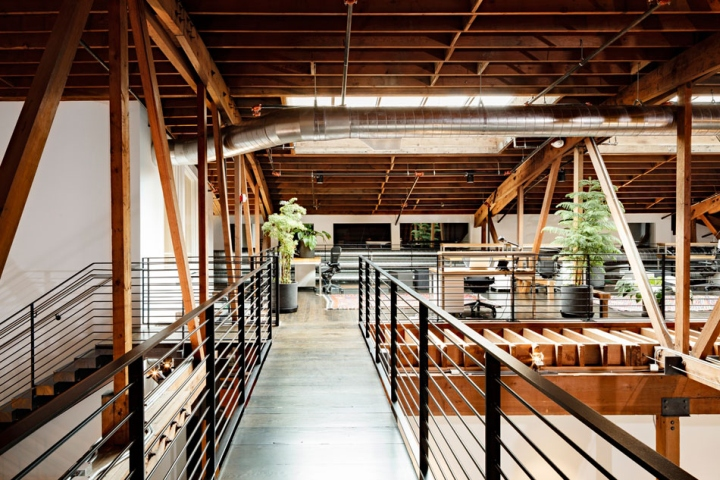 Joint-Editorial-by-Vallaster-Corl-Architects-JHID-Portland-Oregon-04