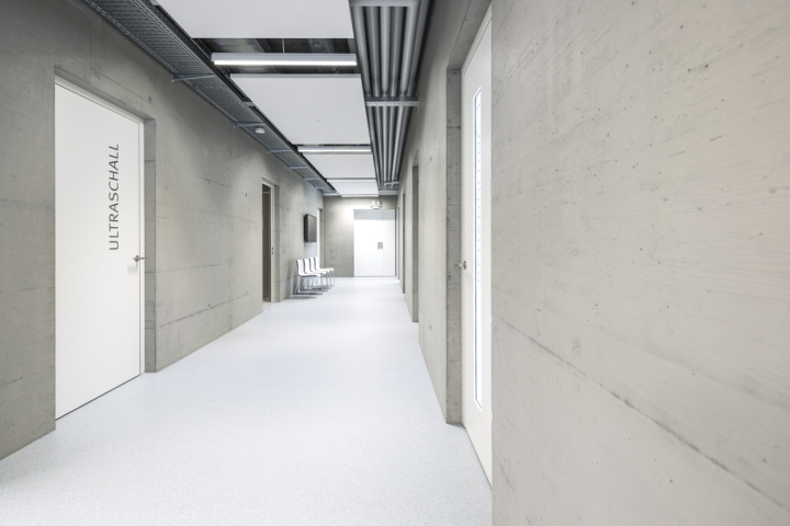 Veterinary-Clinic-Masans-by-Domenig-Architekten-Chur-Switzerland-02