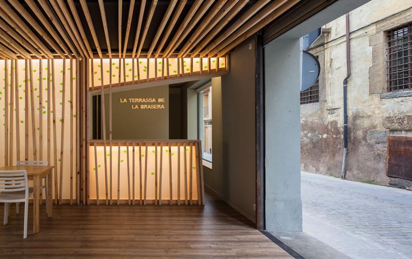 arnau-estudi-d'arquitectura-terrassa-de-la-brasera-dolot-spain-designboom-03