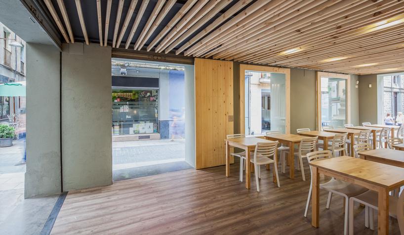 arnau-estudi-d'arquitectura-terrassa-de-la-brasera-dolot-spain-designboom-04