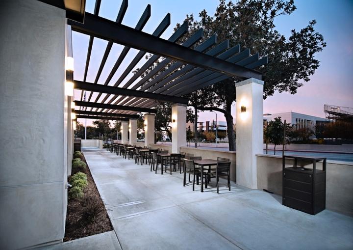 Chick-fil-A-Restaurant-by-CRHO-Pasadena-California-03