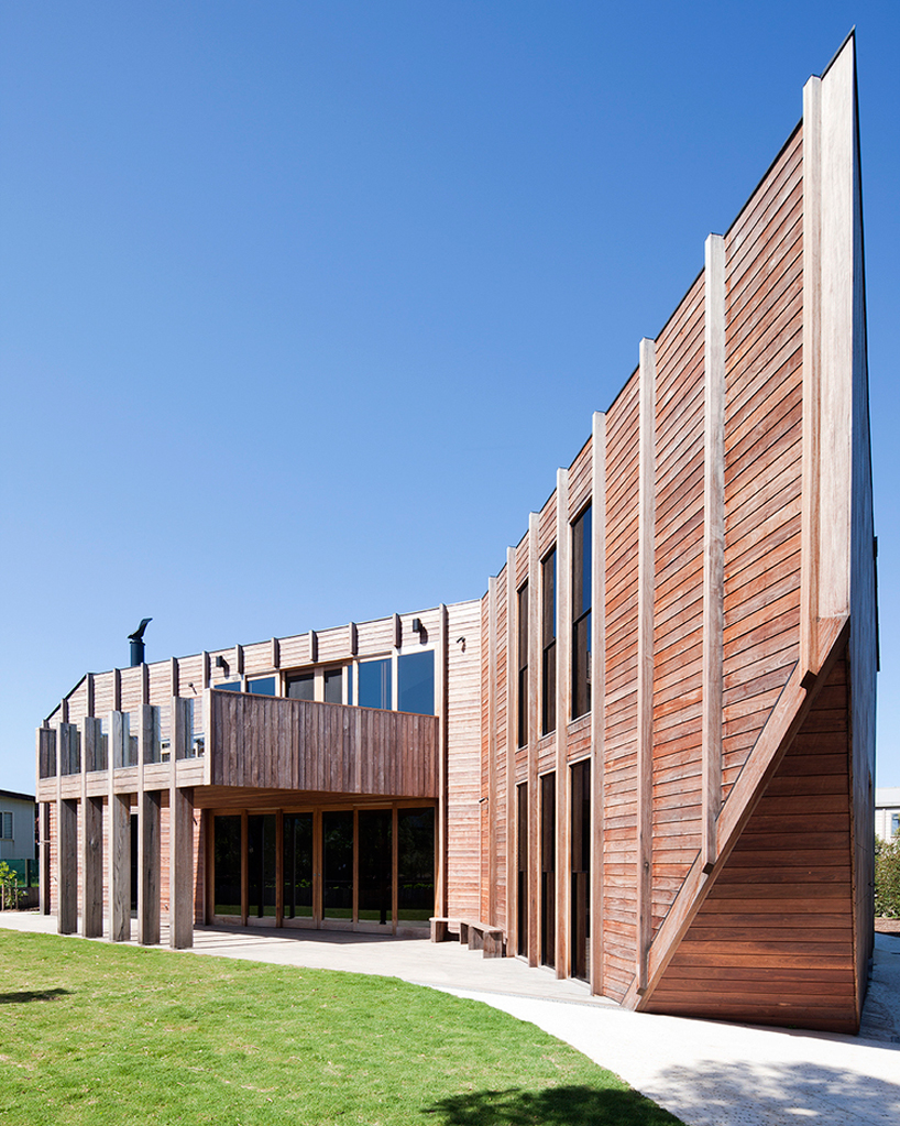 byrne-architects-aireys-house-torquay-designboom-04