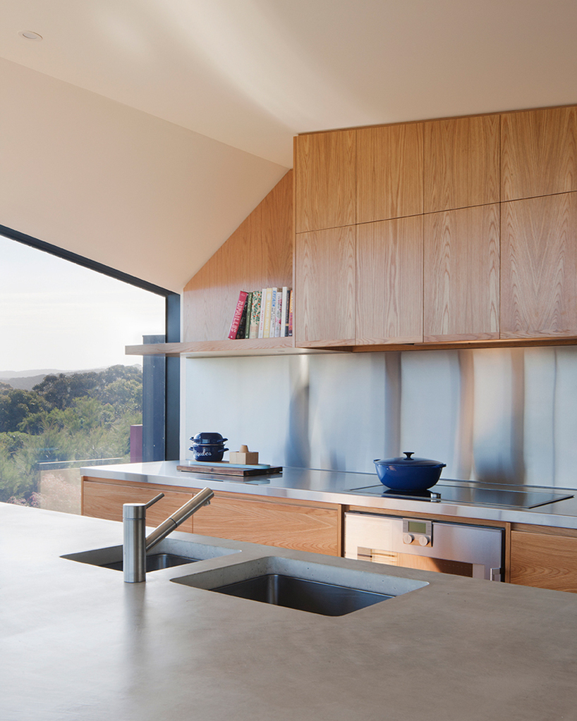 byrne-architects-aireys-house-torquay-designboom-05