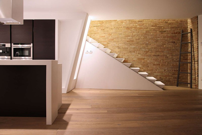 wedge-stairs_170415_03-800x533