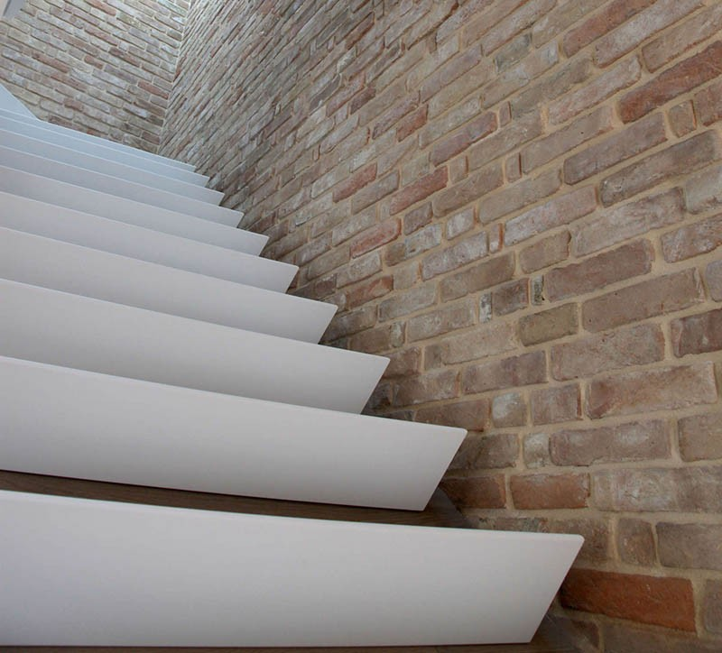 wedge-stairs_170415_05-800x724