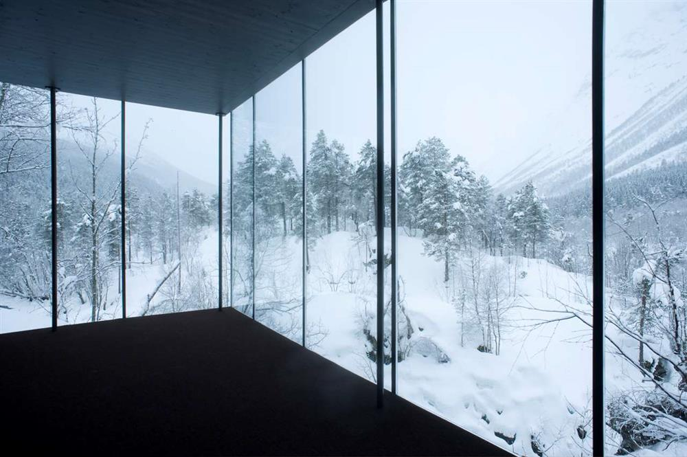 winter-hotel