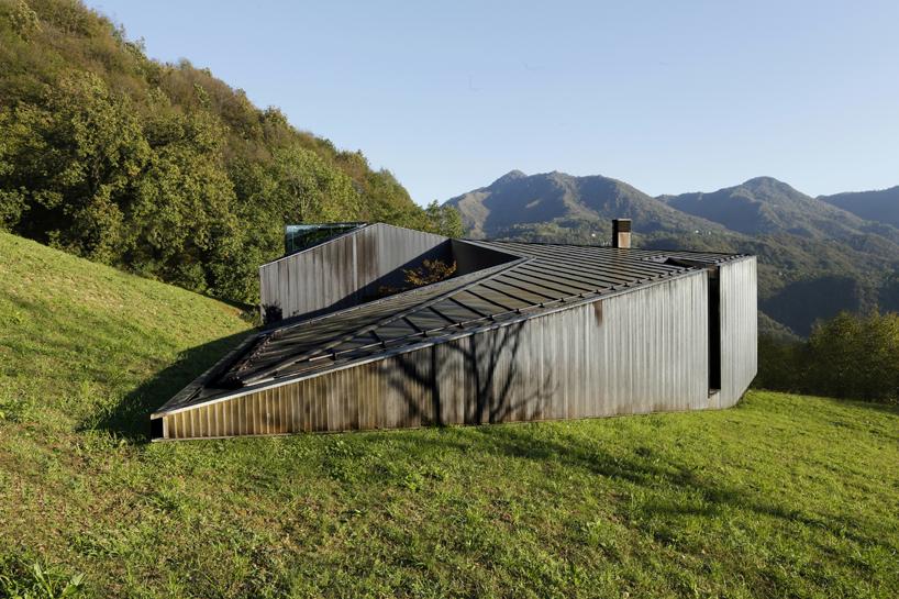 alps-house-carmillo-botticini-architetto-designboom-05