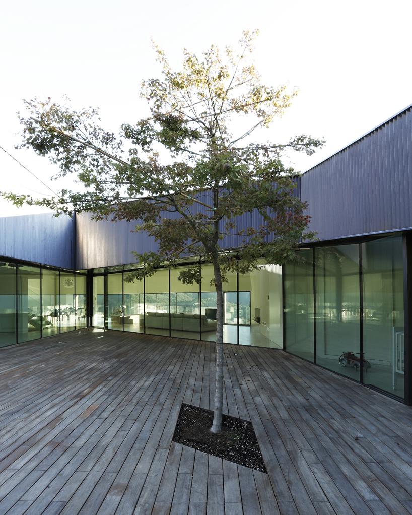 alps-house-carmillo-botticini-architetto-designboom-08
