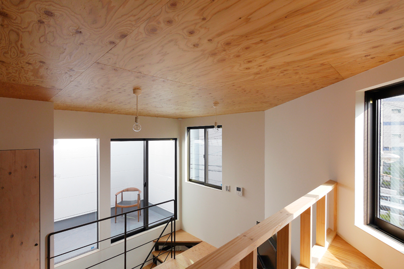 house-in-chiyosaki-coo-planning-japan-designboom-03