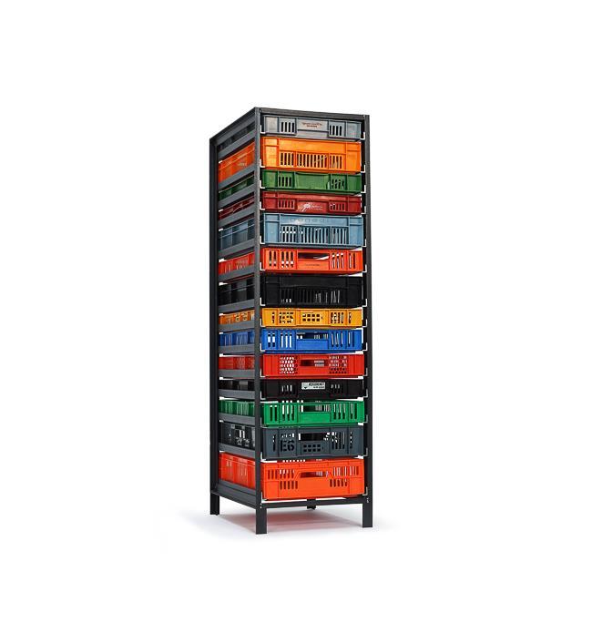 1-column-crates-cabinet-Mark-van-den-Gronden-Lensvelt-view-diagonally-in-front