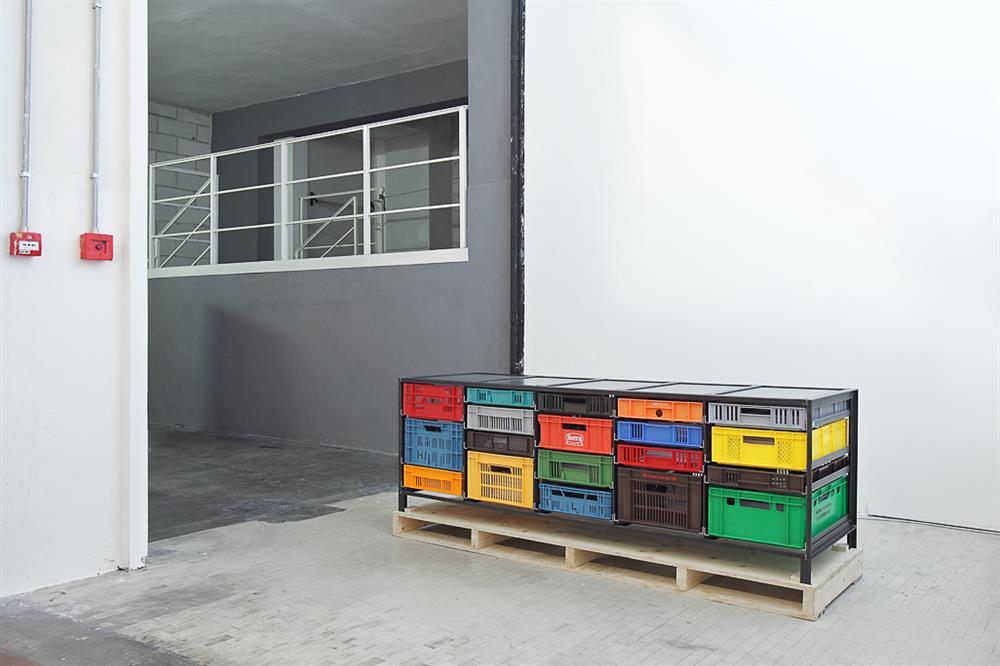 5-column-crates-cabinet-Mark-van-den-Gronden-Lensvelt-Salone-del-Mobile-Milan-2012