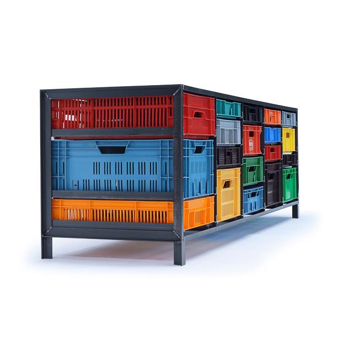 5-column-crates-cabinet-Mark-van-den-Gronden-Lensvelt-view-diagonally-in-front-3