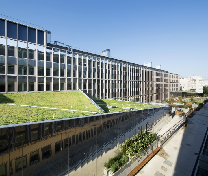 IGN-and-Meteo-France-Geosciences-Center-by-Architecture-Patrick-Mauger-Saint-Mande-France-13