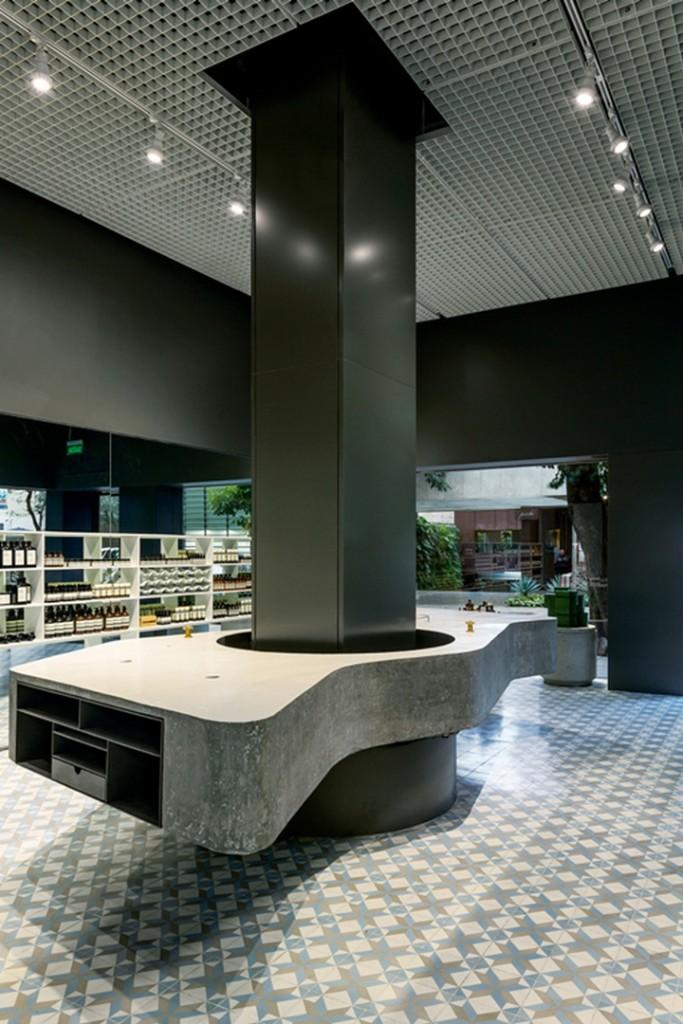 Aesop-Store-by-Paulo-Mendes-da-Rocha-Martin-Corullon-Sao-Paulo-Brazil-02