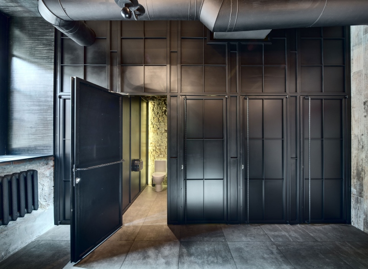 Dogs-Tails-Bar-and-Cafe-by-Sergey-Makhno-Architects-Kiev-Ukraine-14