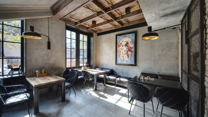 Dogs-Tails-Bar-and-Cafe-by-Sergey-Makhno-Architects-Kiev-Ukraine-15