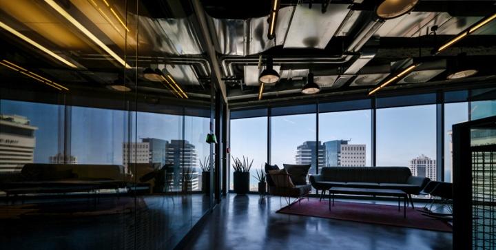Facebook-office-custom-lighting-by-Studio-Beam-Tel-Aviv-Israel-05