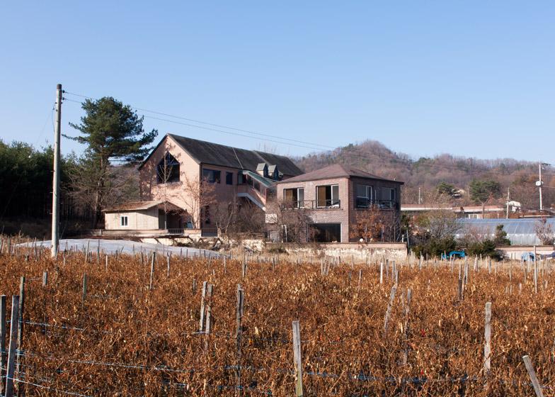 Pinocchio-by-UTAA-House_dezeen_784_16