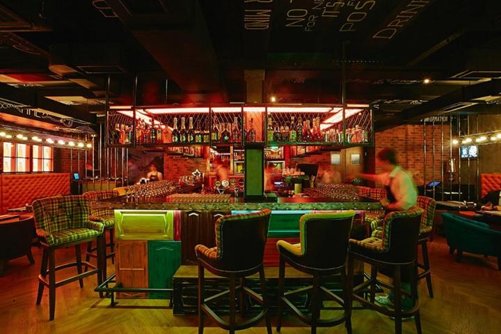 SOHO-bar-by-LEFT-Krasnoyarsk-Russia-05