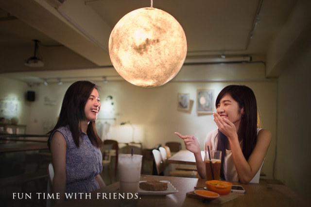 moon-lamps-2