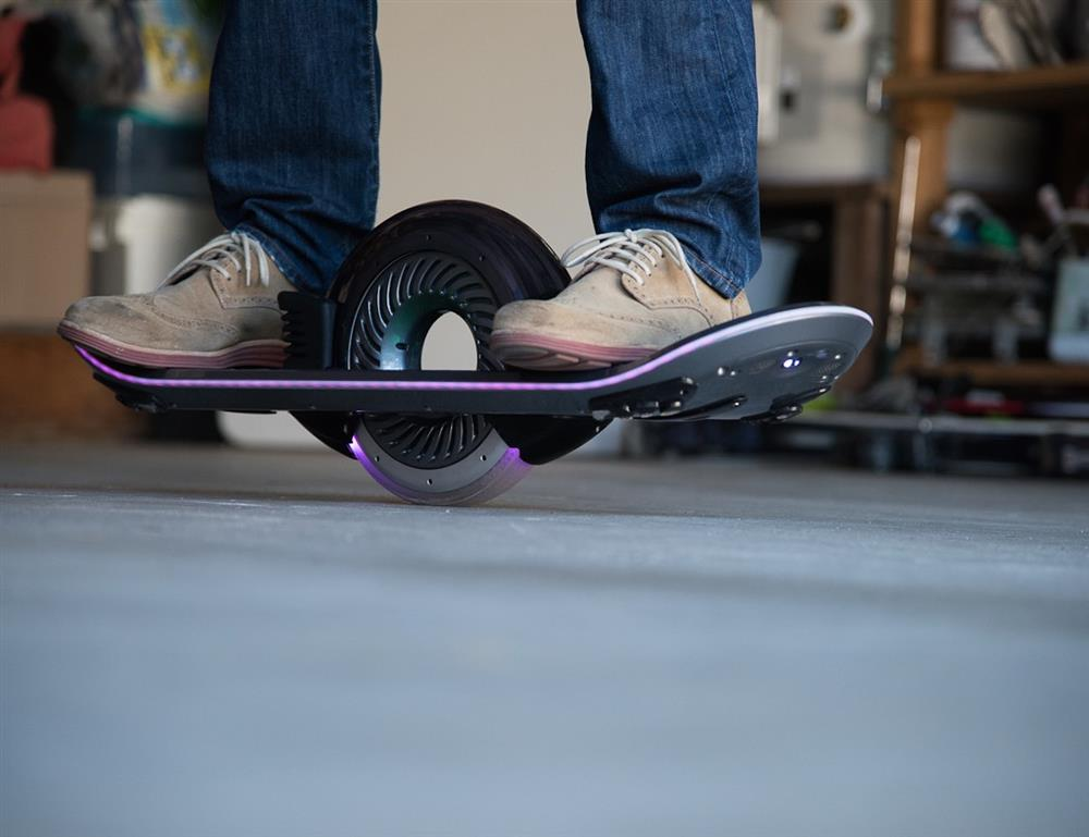 Hoverboard-01