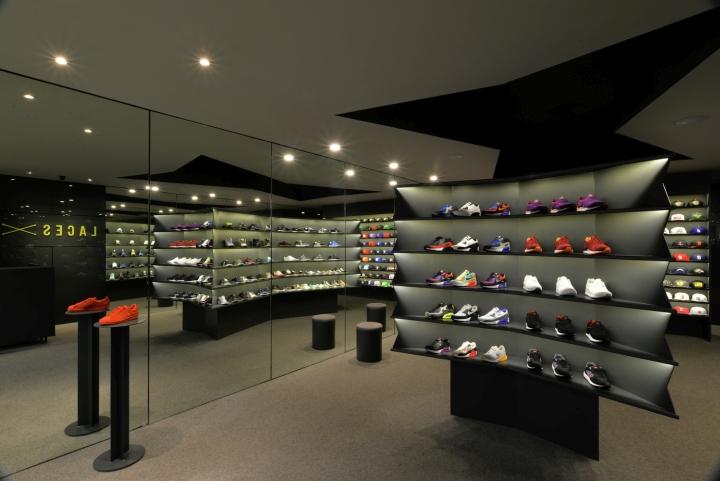 LACES-Shoe-Store-by-CoA-Arquitectura-Zapopan-Mexico-03