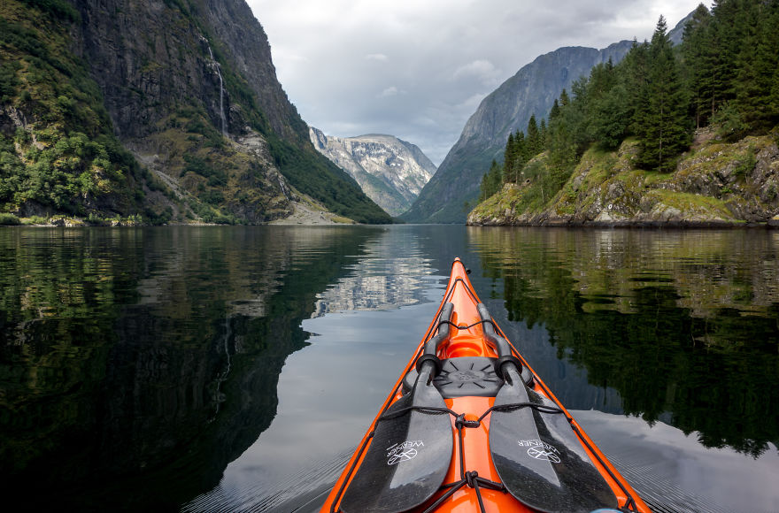 The-Zen-of-Kayaking-I-photograph-the-fjords-of-Norway-from-the-kayak-seat2__880